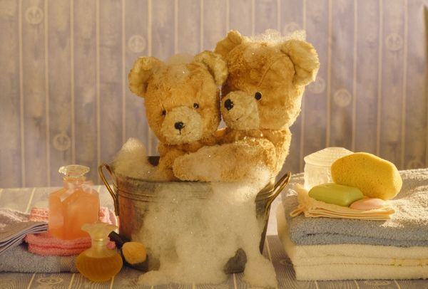 FRR-238 Teddy Bear - x2 teddies at bathtime Frederic Rolland Please note that prints are for personal display purposes only and may not be reproduced in any way