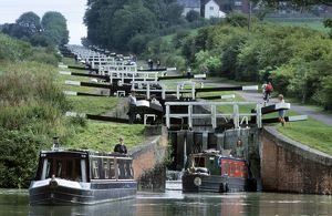 Caen Hill Locks with narrow boats