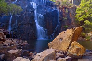 landscapes/mac kenzie falls water cascades red cliffs mac