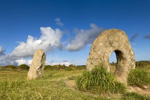 Men-an Tol - Holed Stone