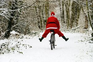 SG-20264 Father Christmas - on a bicycle, freewheeling